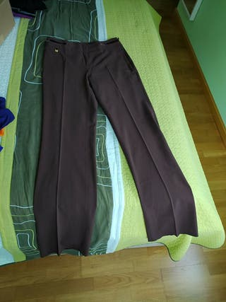 pantalón vestir marrón Cortefiel
