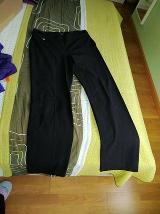 pantalón negro Cortefiel