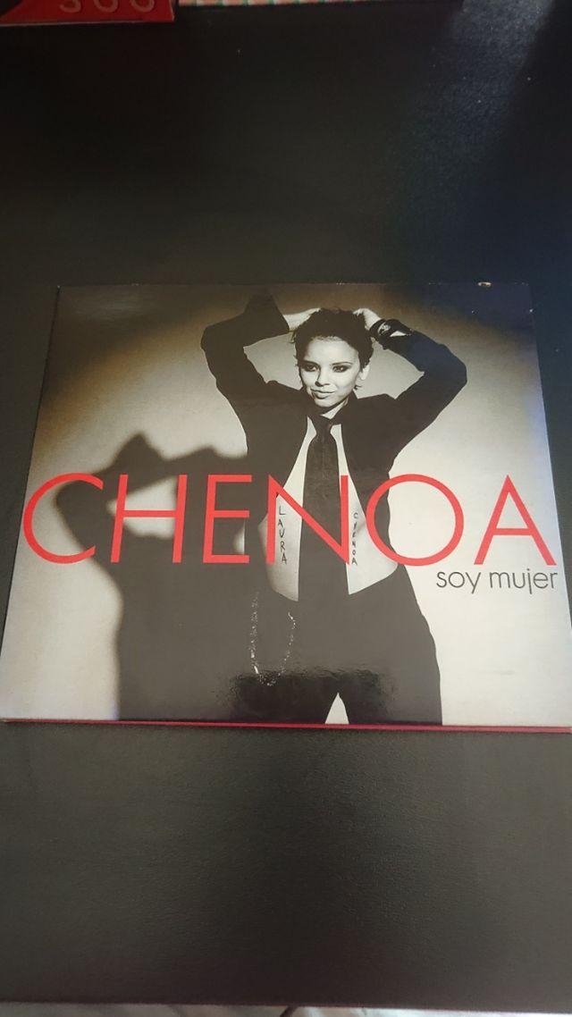 CD Chenoa (Soy mujer)