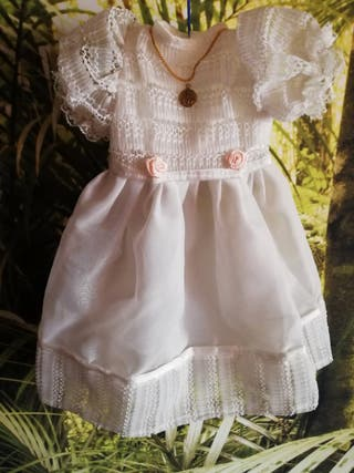 Vestido 1a Comunión muñeca de Famosa