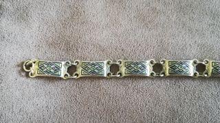 Preciosa pulsera antigua