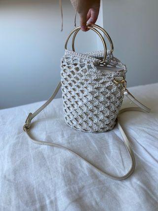 Bolso bordado Zara