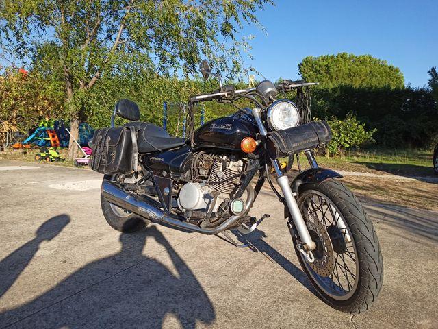 Moto Custom 125 cc - Kawasaki Eliminator
