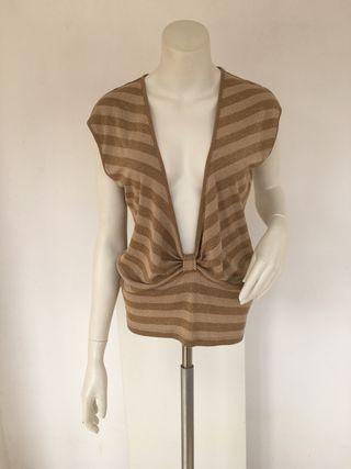 Top Zara escotado, talla M