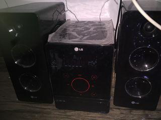 Radio mini componente altavoz parlante.