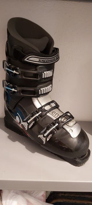 Botas de esquiar .
