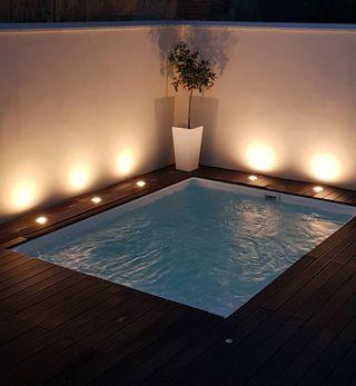 Mini piscina elevada Tricia