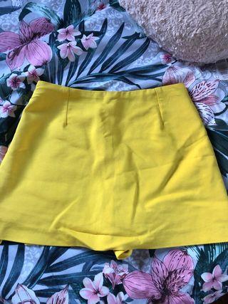 Falda pantalón amarillo Zara