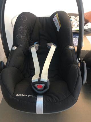 Silla de coche Maxicosi Bebé Confort con reductor