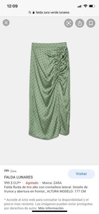 Falda verde a lunares