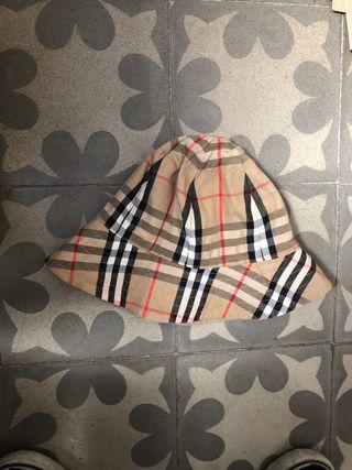 Burberry Bucket Hat reversible