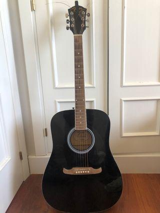 Guitarra Fender FA-125 para zurdos