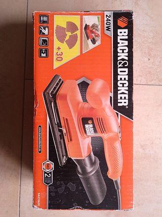 Lijadora manual vibrante Black&Decker