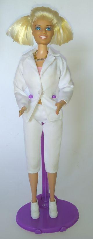 Spice Girls Emma Bunton muñeca Barbie traje blanco