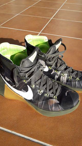 Zapatillas - Botas de baloncesto