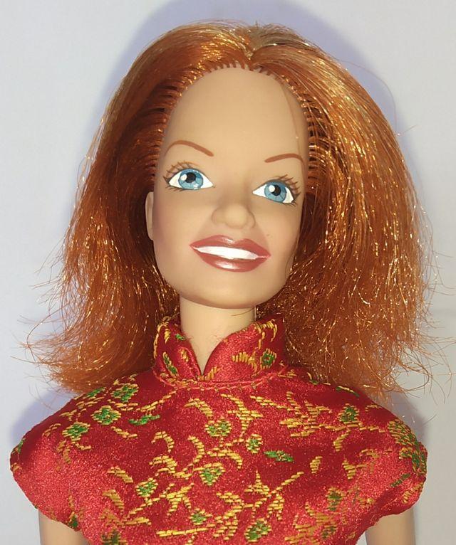 Spice Girls Geri Halliwell muñeca Barbie rojo.