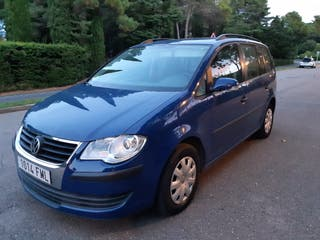 Volkswagen Touran 2007 7 plazas. impecable