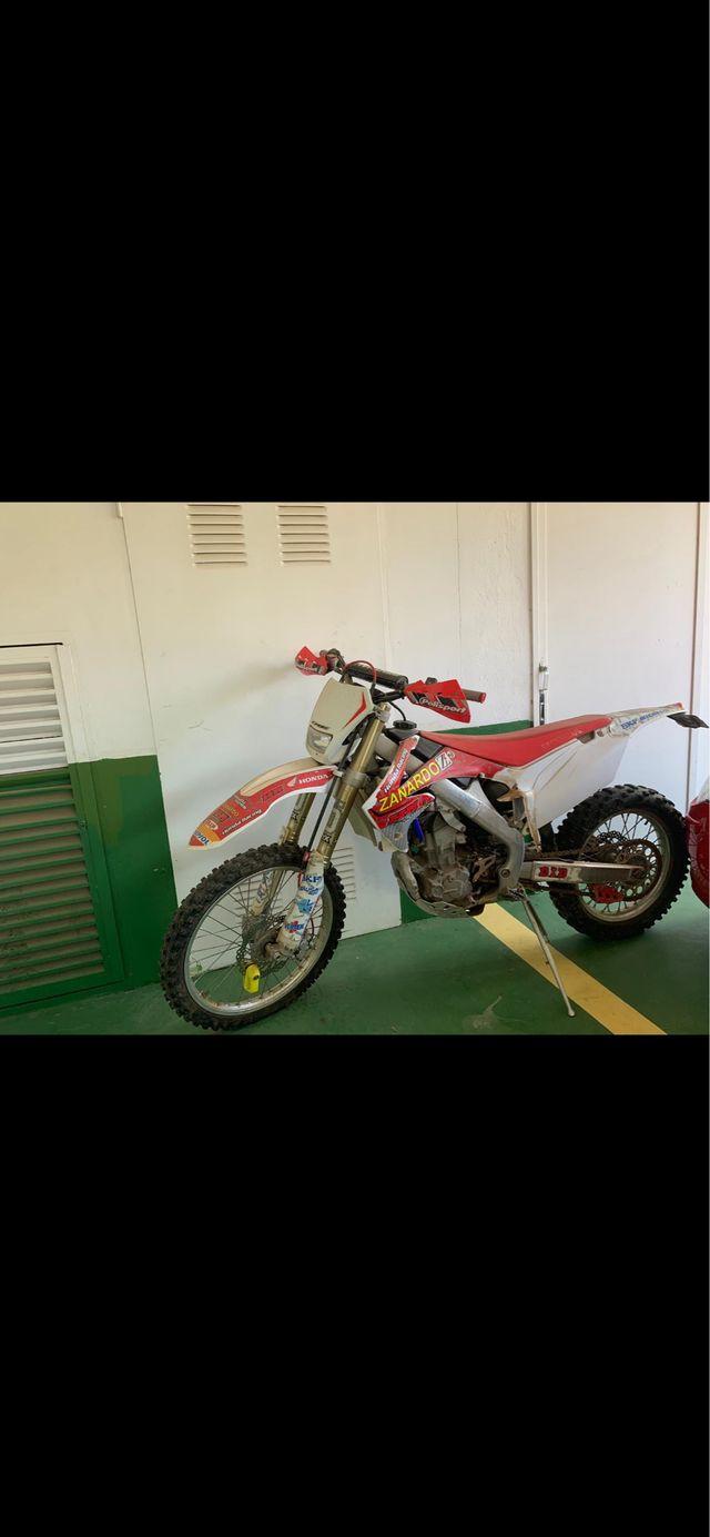 HONDA CRF 250cc ENDURO