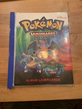 Album pokemon con 77 staks