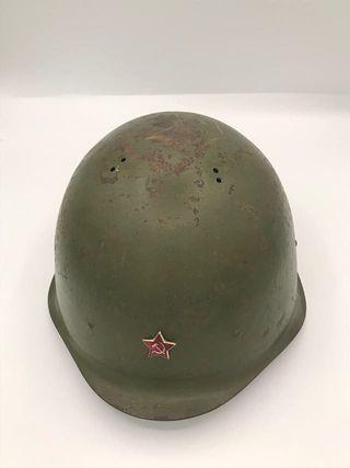 Casco de guerra soviético