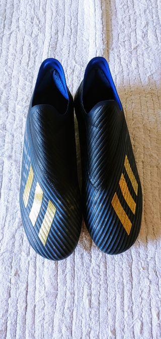 Botas fútbol Adidas X19 FG sin cordones talla 40