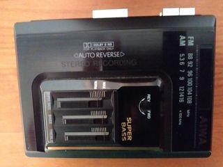 Reproductor de cassette con radio Aiwa