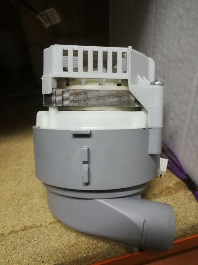 bomba calefactora lavavajillas