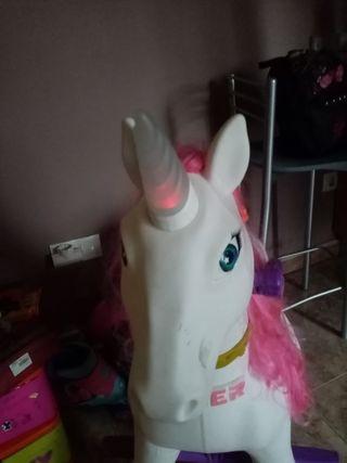 unicornio febber
