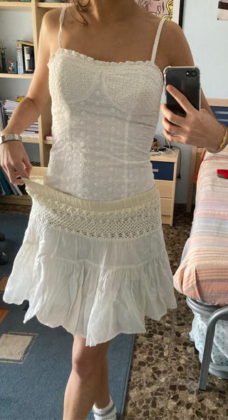 Conjunto ibicenco blanco: top y falda 4€