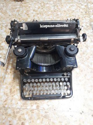 Maquina de escribir hispano olivetti antigua