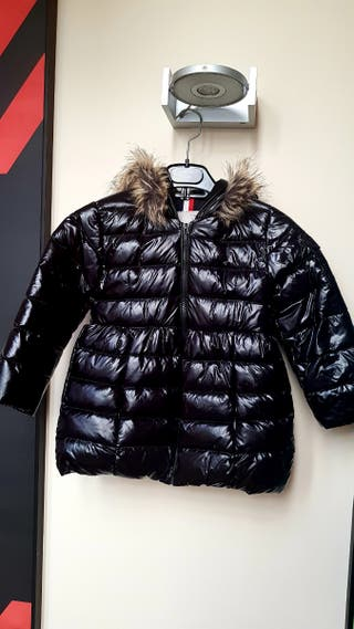 Abrigo plumón Moncler negro niña