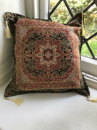 Turkish cushion
