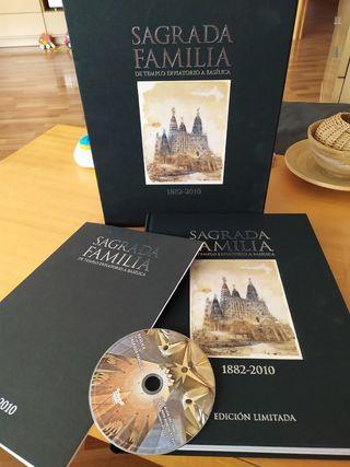 libro sagrada familia con litografia