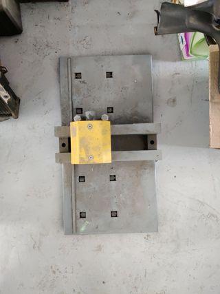 Maquina para hacer placas de matricula
