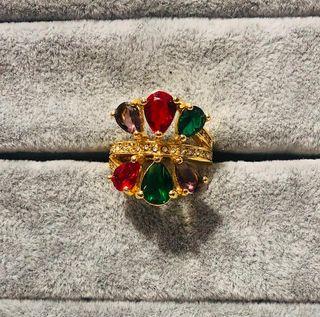 anillo swarovski con baño de oro