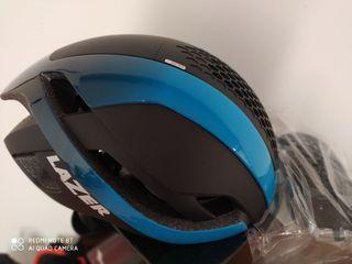 Casco de bicicleta marca Lazer nuevo. talla M