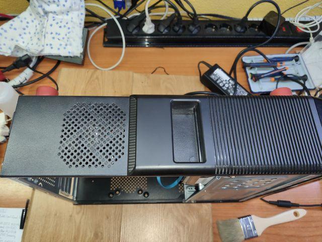 Ordenador clónico Athlon II X2 270