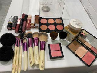 Lote de maquillaje variado