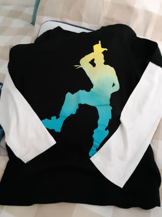 Camiseta fortnite niño. Talla 11-12.