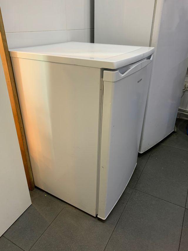 Congelador con un mes de usa