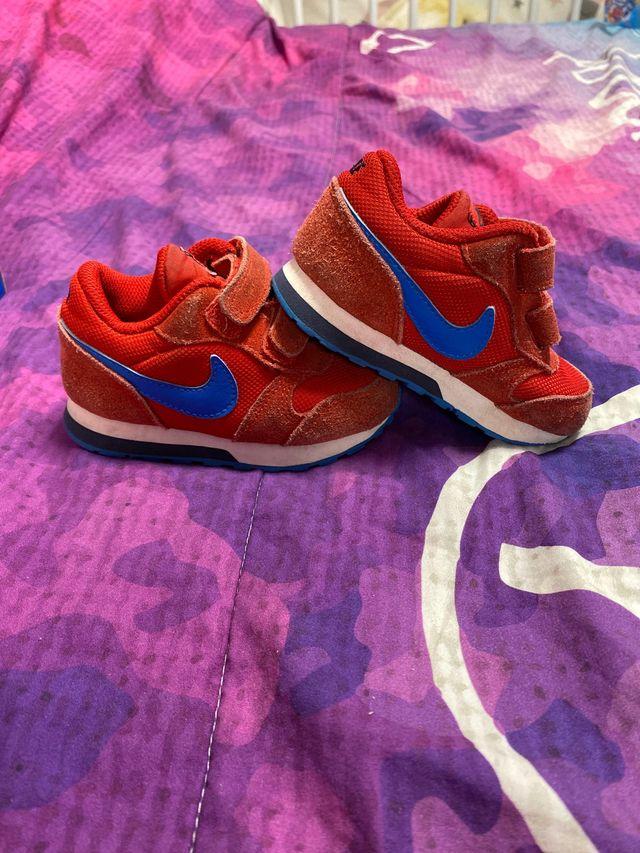 comentarista Pilar petróleo crudo  Zapatillas Nike Talla 22 de segunda mano por 10 € en Alcorcón en WALLAPOP