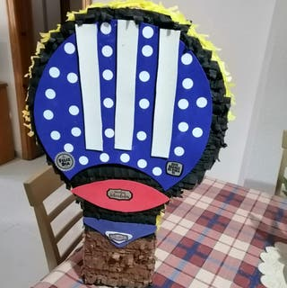 Piñata Raqueta