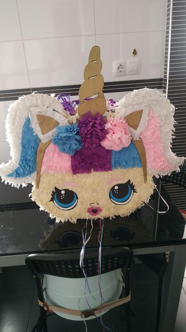 Piñata LOL unicornio