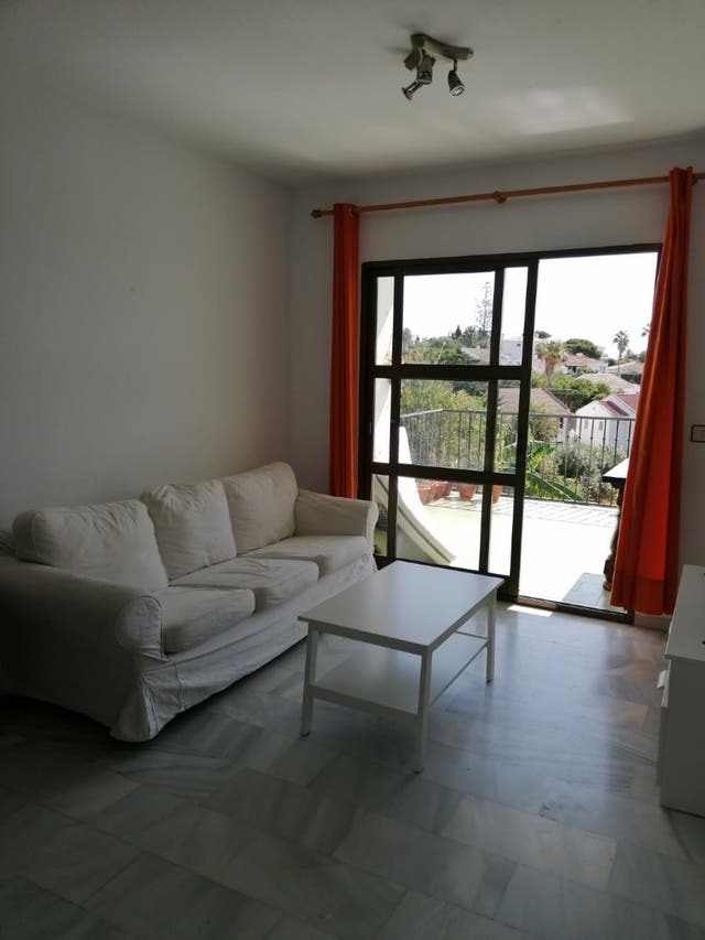 Piso en alquiler (El Faro, Málaga)