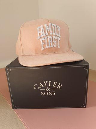 Gorra plana nueva Cayler & Sons