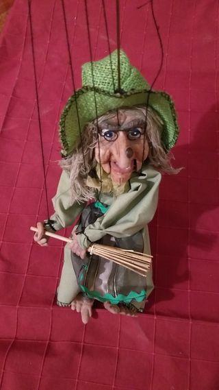Marioneta bruja de Praga