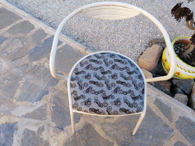 Silla de hierro diseño vintage