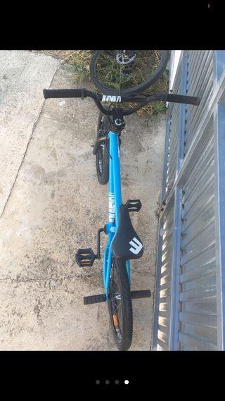 Bicicleta BMX muy buen estado