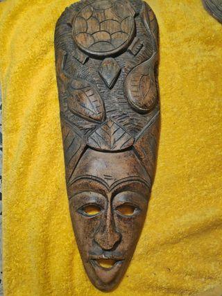 Máscara africana de madera