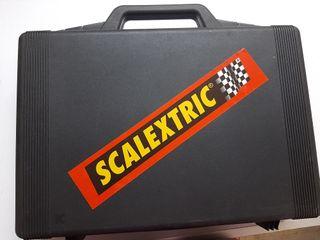 Maletin Negro con 12 coches Scalextric..., Nuevo